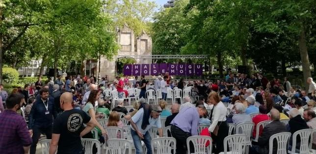 Iglesias pide en Pamplona el voto para Podemos
