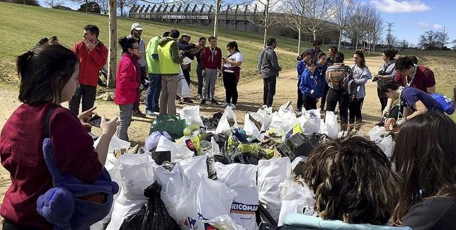 Las brigadas de limpieza ciudadana llegan a Valladolid