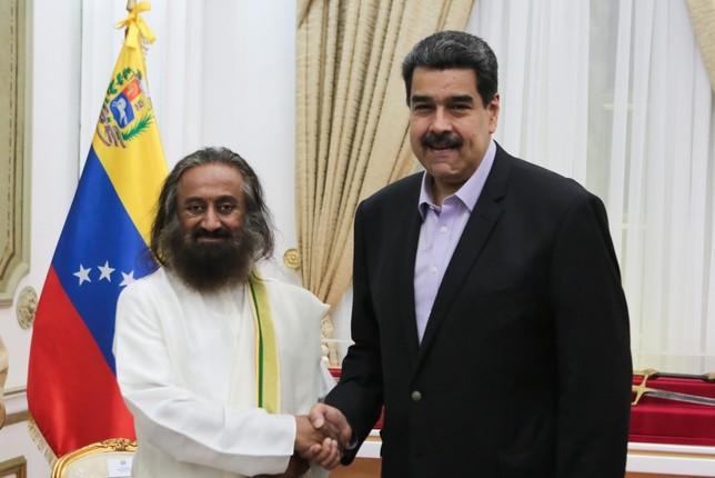 Maduro ve con optimismo la primera jornada de diálogo --