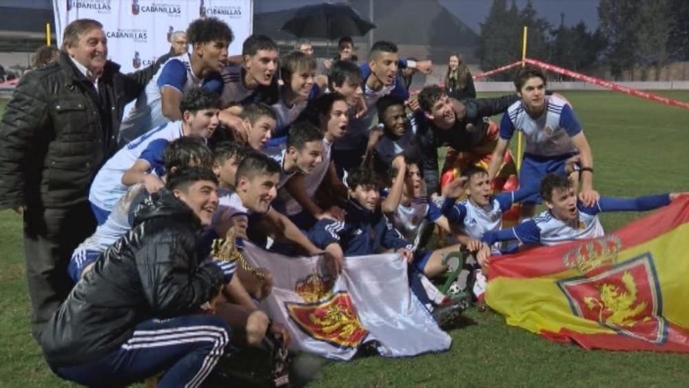El Real Zaragoza sucede al Real Madrid como campeón del torneo