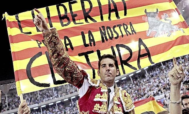 Un Parlamento menos político Alberto Estevez