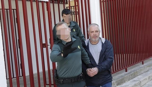 Cinco jefes de los contrabandistas, en prisión con otros 23 Fotos Rueda Villaverde