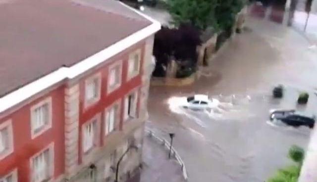 La tormenta deja 32 avisos de inundaciones