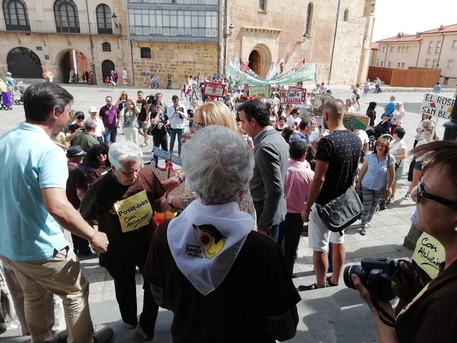 Alzheimer Soria celebra su particular desfile de San Juan