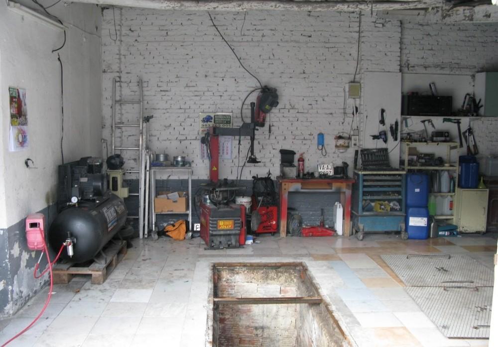 Localizado un taller clandestino de reparación de vehículos