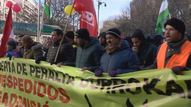En solidaridad con los trabajadores de Huertas de Peralta