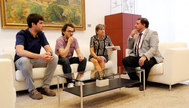 I-E apoyará a Chivite pero defendiendo su programa
