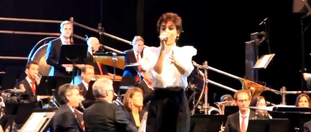 Natalia Lacunza enamora a su público junto a La Pamplonesa