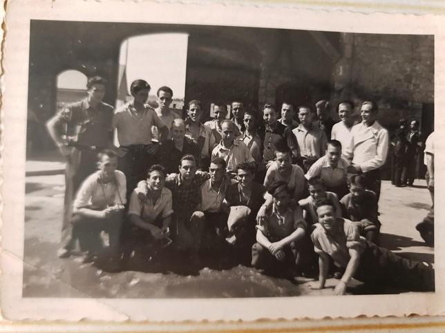 A corte de navaja en mauthausen