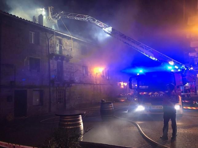 Arde una vivienda en pleno centro de Alsasua