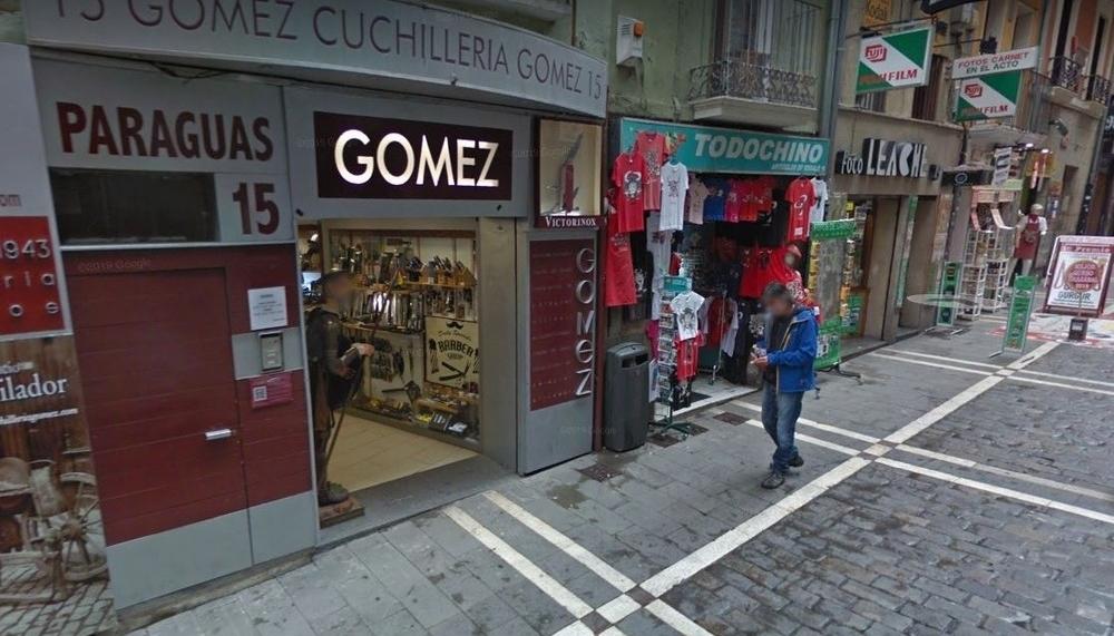 Alerta tras robar en una céntrica cuchillería de Pamplona