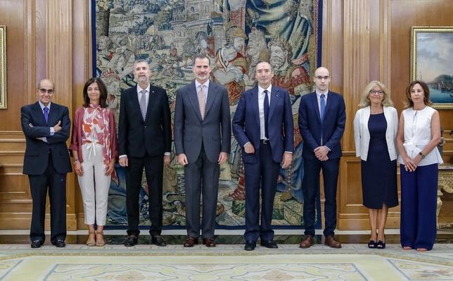 El Rey recibe al rector de la UBU y a Juan José Laborda