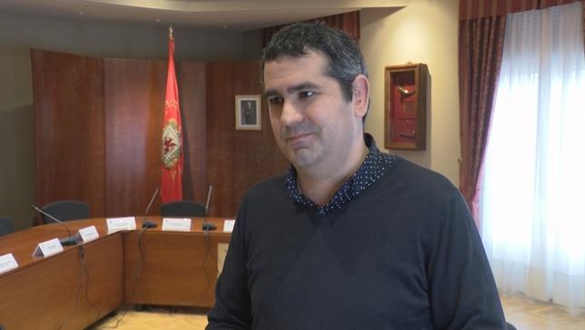 Un concejal de Huarte denuncia que otro edil le agredió