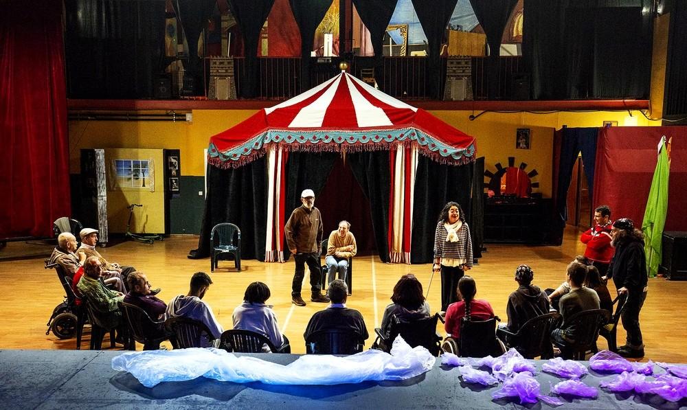 Ensayo de los alumnos de la escuela, en el teatrillo de los Altos de la Piedad.