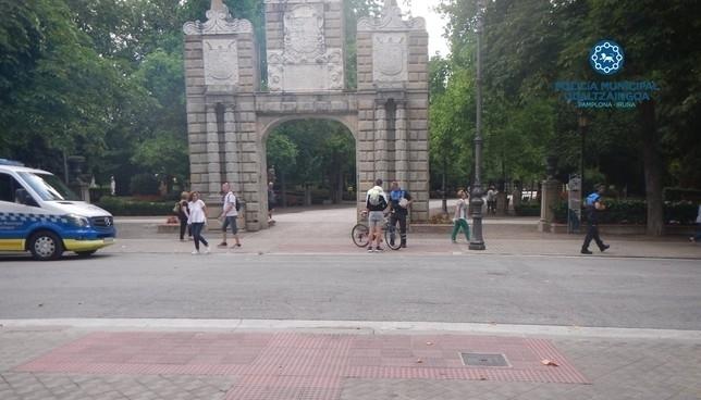 Atropellado por un ciclista un peatón de 88 años en Pamplona