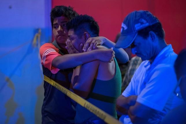 Al menos 23 muertos en un incendio en un bar en Veracruz