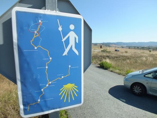 La ruta más promocionada es la de Haro y la Vía de Bayona no se anuncia en los carteles