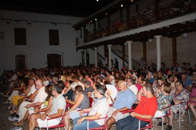 'El Brujo' recibe el Premio Patio de Comedias de Torralba