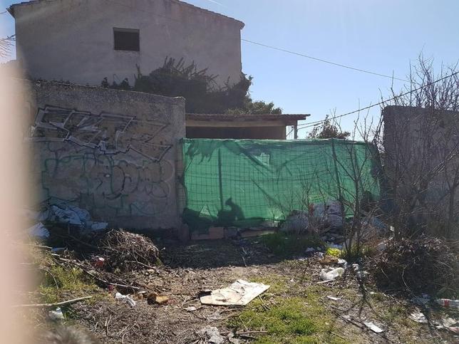 El exterior de la vivienda, en el tramo final del paseo de Pisones. @PROANBUR
