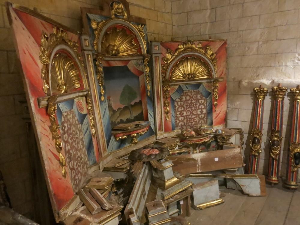 Un retablo en pedazos