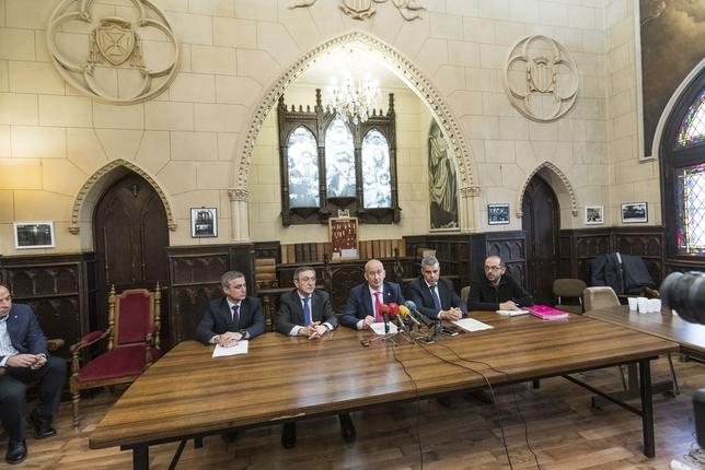 Rafael Barbero, Ginés Clemente, Luis Carlos Antón, Marc Benhamou y Rodrigo Pascual (de i. a d.), en la presentación del nuevo periódico. Alberto Rodrigo