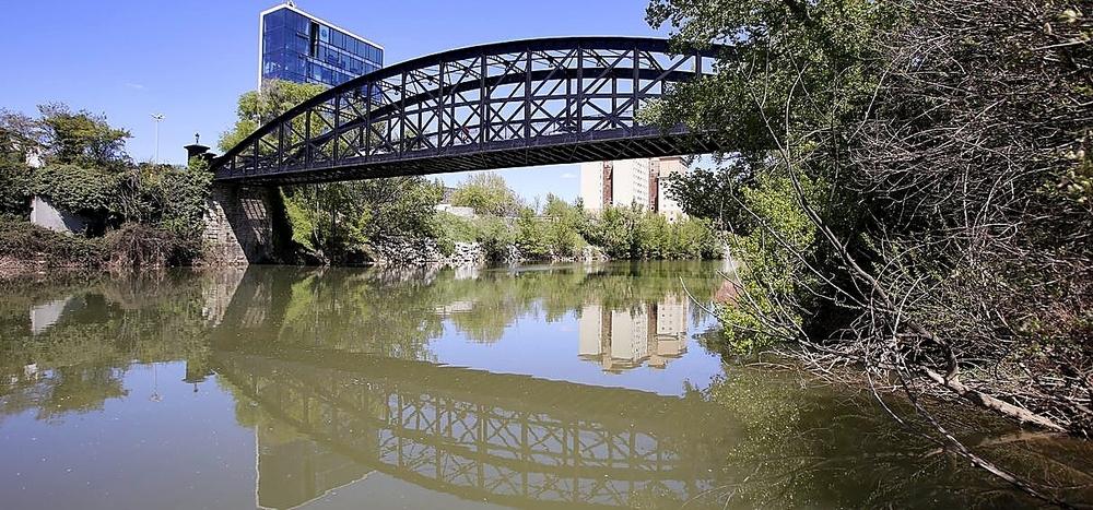 Los puentes Mayor y Colgante no serán BIC por el momento