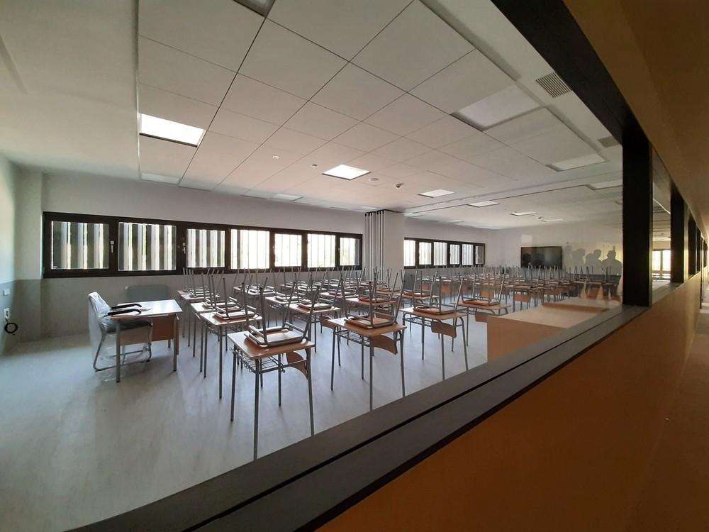 Sarriguren estrena su recién construido instituto público