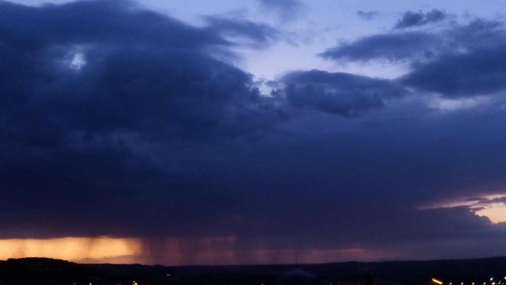 Los servicios de emergencia intervienen por las lluvias