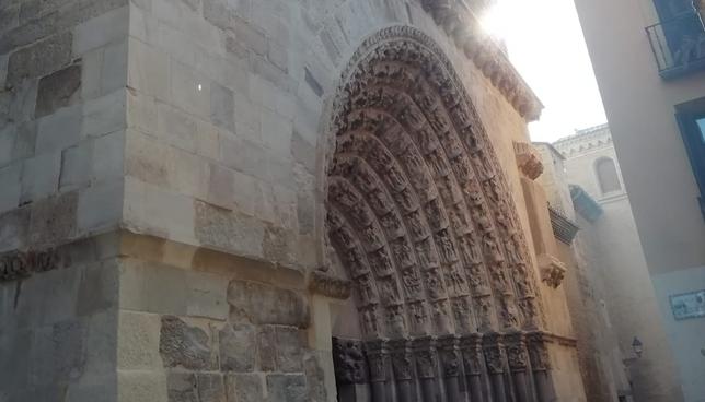 La Catedral de Tudela estrena su renovada Puerta del Juicio