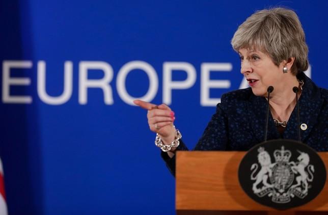 May regresa al Reino Unido para salvar su acuerdo de Brexit STEPHANIE LECOCQ