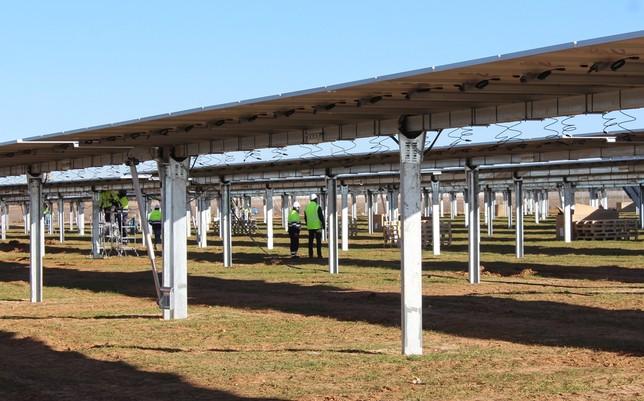 Comienza la instalación de cuatro plantas fotovoltaicas