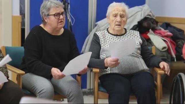 Cuando la música ayuda a convivir con el alzheimer