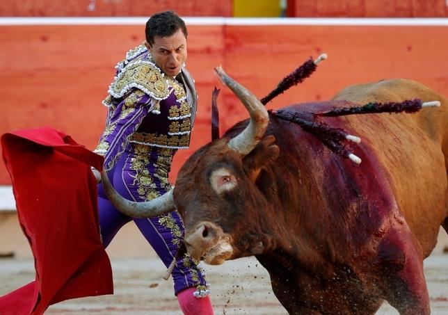 Rafaelillo, operado de urgencia en la plaza de toros