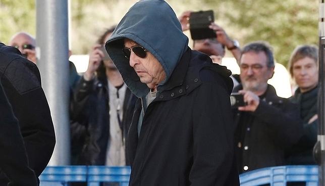 Bob Dylan deslumbra a sus fans y se luce en Pamplona Jesús Diges