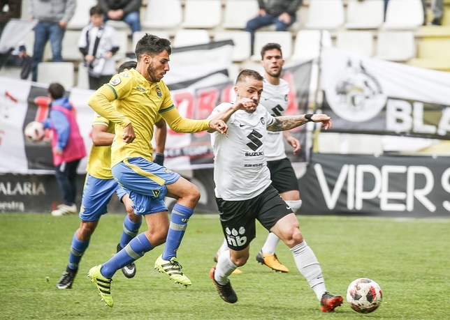 Gran triunfo del Burgos Luis López Araico