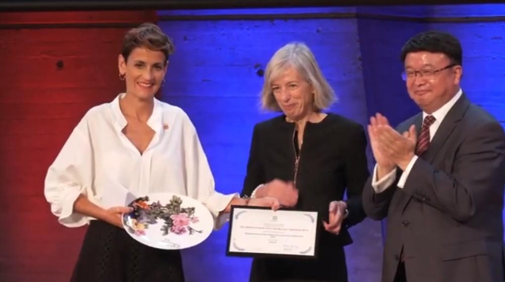 Chivite recoge el premio de la UNESCO al programa Skolae