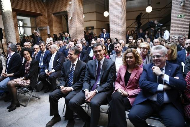 Sánchez rinde homenaje al difunto Tomás Rodríguez Bolaños