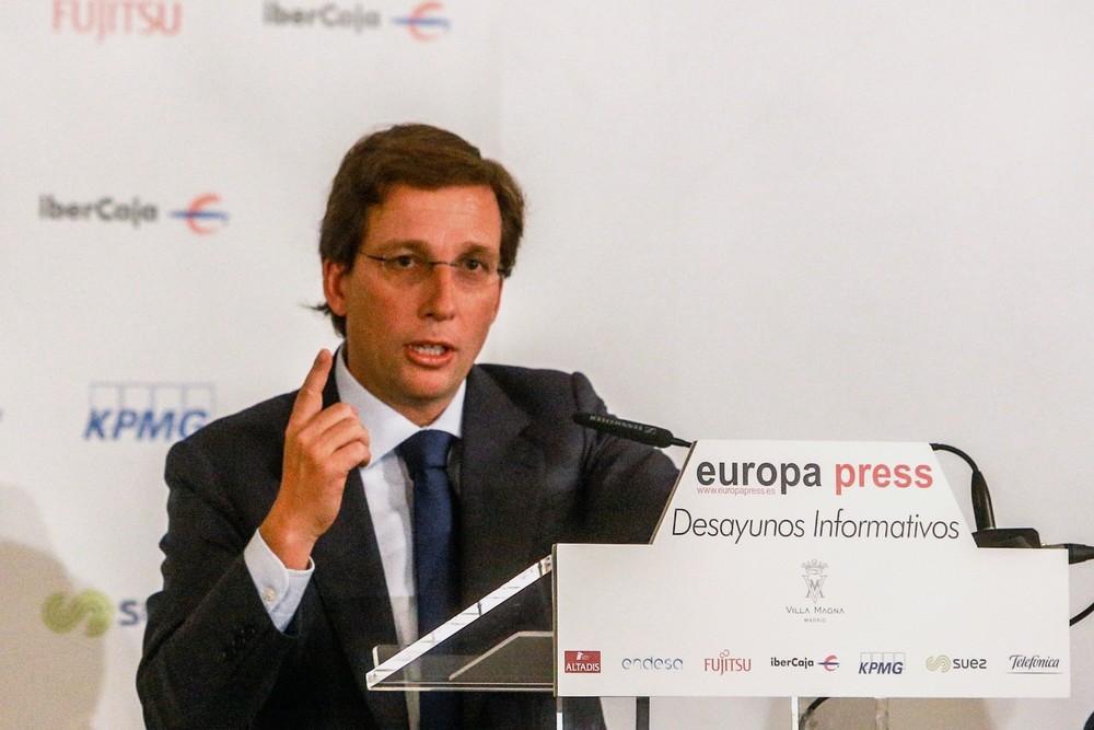Almeida anuncia que peatonalizará la Puerta del Sol