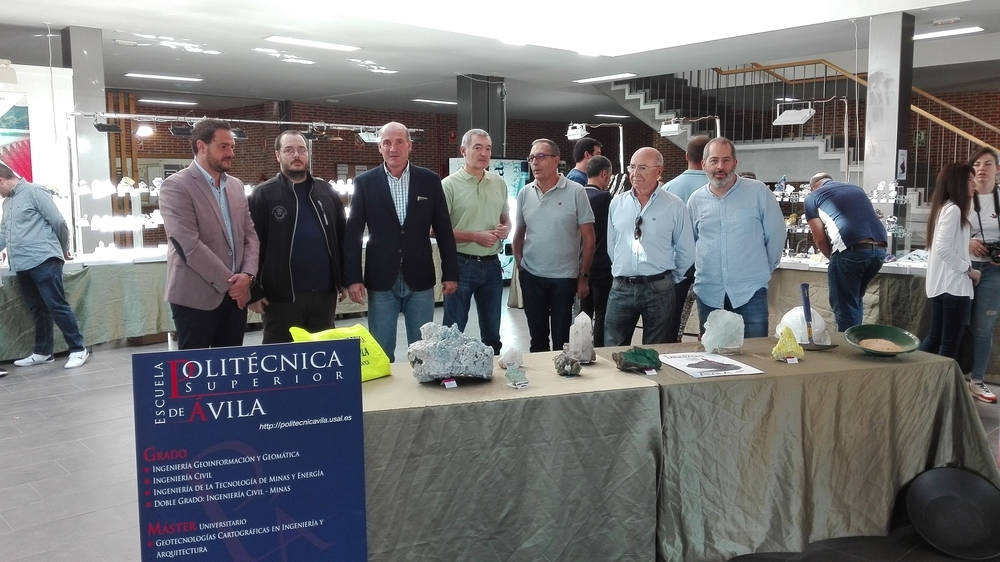 Ávila se acerca al mundo mineral