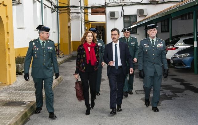 El general junto al delegado del Gobierno, la subdelegada y el coronel jefe de la Comandancia, de derecha a izquierda Rueda Villaverde