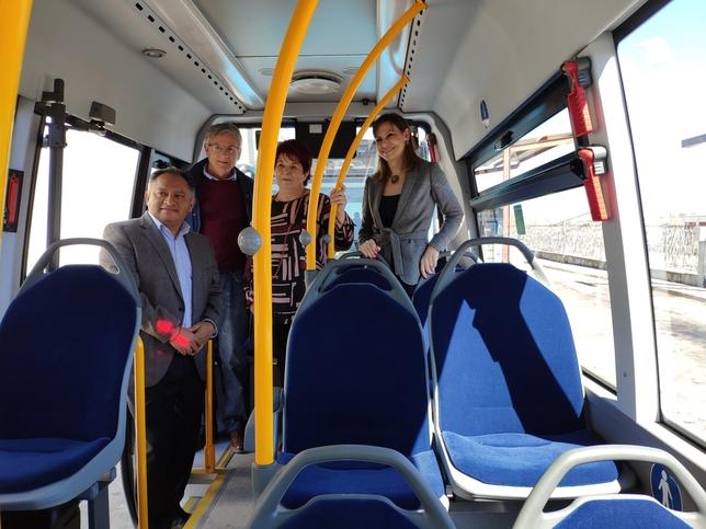 """Autobuses """"más amplios y cómodos"""" para el nuevo servicio"""