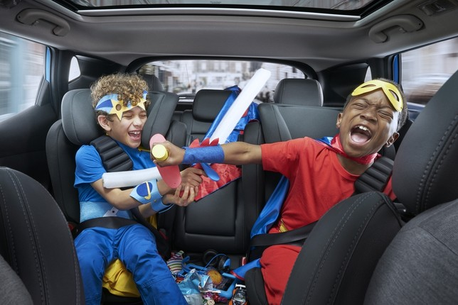 La 'pesadilla' de conducir con  niños  john slater