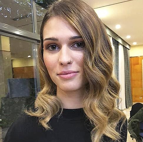 Cristina Sastre (22 años, León) | No estudia y Sí trabaja