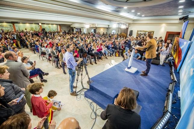 Pablo Casado avanza más seguridad y medidas para familias