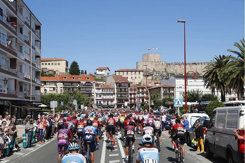 La etapa salió de San Vicente de la Barquera y acabó en Oviedo.