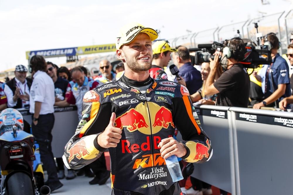 Brad Binder repite victoria en Motorland