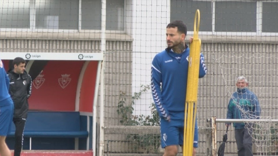 Rubén García se entrena con sus compañeros tras comenzar a hacerlo el pasado jueves