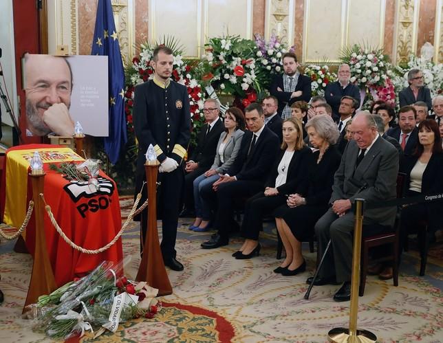 El Congreso acoge el último adiós a Rubalcaba JP Gandul