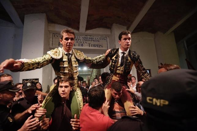 Aníbal y Luque, a hombros en la tercera del abono de feria