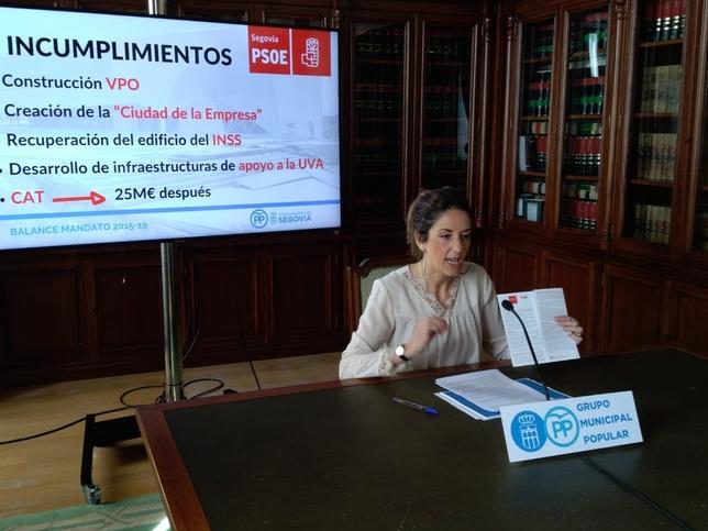 La portavoz municipal del PP, Raquel Fernández Paqui Cuerdo